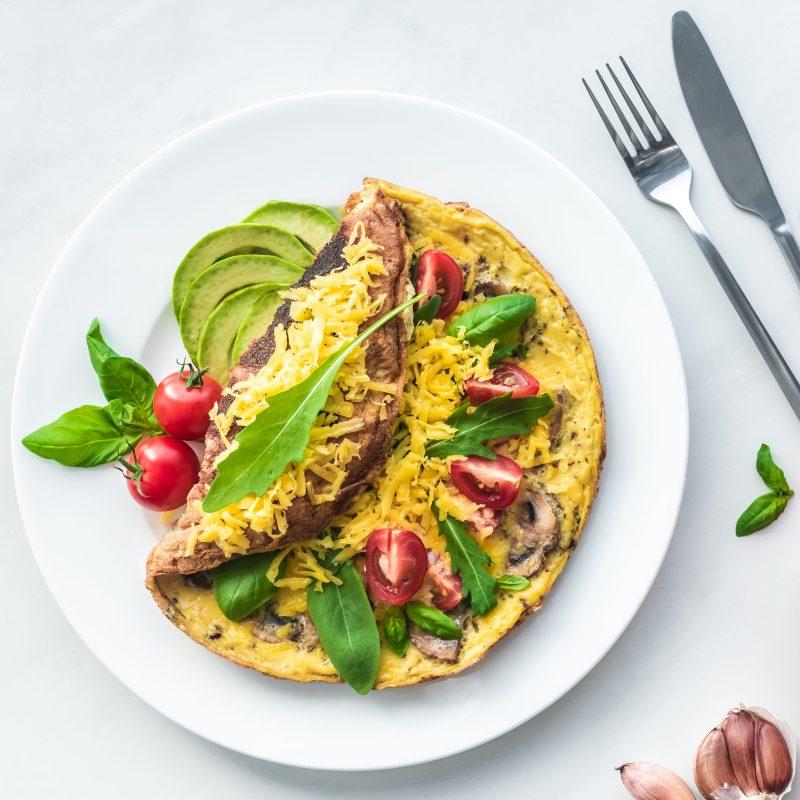 Alimentación balanceada para mantener la salud de tu familia